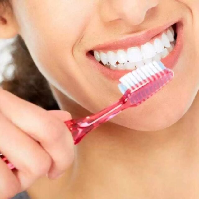 does baking soda toothpaste whiten teeth