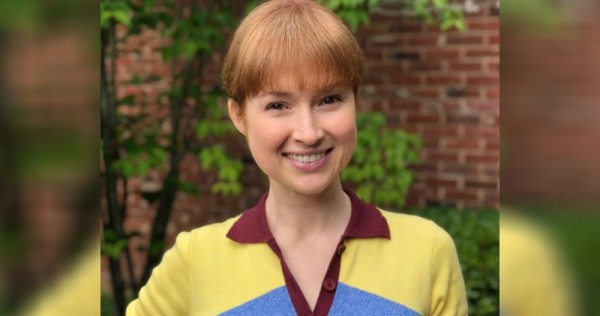 Ellie Kemper apologises for participating in controversial pageant as a teenager
